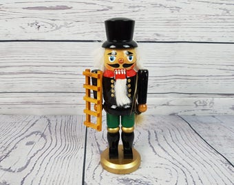 Vintage Wood Nutcracker Holding Ladder and Rope Wooden Soldier Christmas Home Decor Table Centerpiece Decoration Classic Nut Cracker