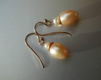 "Pearl Earrings cream/white / rose' ""José"""