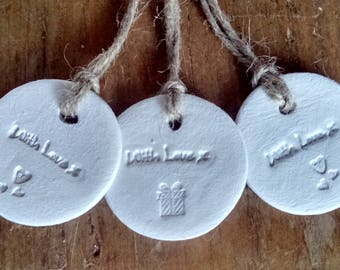 5 white clay wedding favours, party favours, gift tags, keepsakes, set of 5  Clay ' with love' tags.