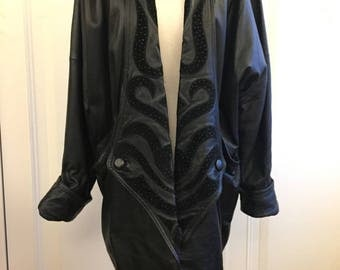 80s Avant Garde Genuine Leather coat with two pockets/L XL/M for oversize/batwing sleeves