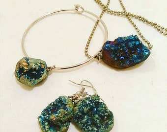 Druzy Crystals Jewelry set earrings,bracelet,and necklace