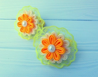 Set of 2 ponytails holders Lace ponytails holders Ivori yellow kanzashi flower Tsumami kanzashi Japanese technique Origami fabric flower