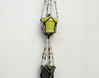 Double hanging macrame planter