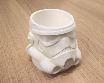 3D Printed Stormtrooper Planter. Star Wars inspired cute plant pot gift.