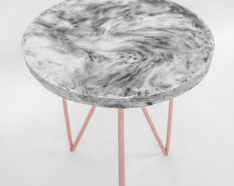 Concrete round side table with copper legs - concrete or marble look