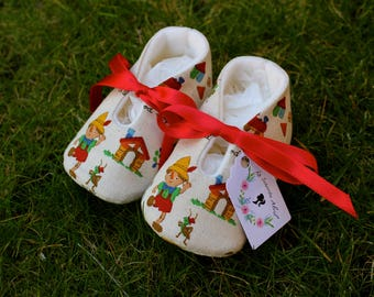 Pinocchio Baby shoes - Several Sizes