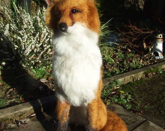 FOXTON - Simply beautiful handmade needle-felted fox sculpture!