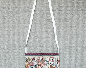 Lemonwhisked. Amateur hand-made Timeless Treasures Metallic Tivoli Floral Stripe Cream sling/shoulder bag