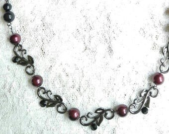 Pretty black and red necklace
