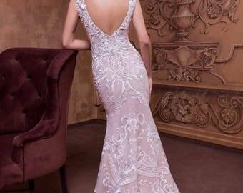 Sleek Mermaid Dress With Detachable Skirt