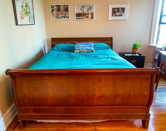 Grange Louis Philippe Sleigh Bed - Queen Size