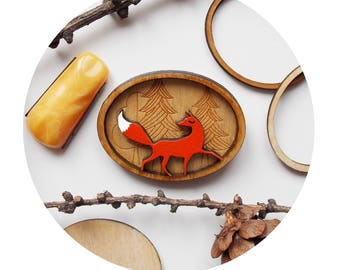 brooch Ms Fox