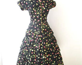 M 40s 50s Ruffled Full Skirt Cotton Floral Black Yellow Red Pink Short Sleeves Button Front Shirtwaist Day Party by Mary Kirk Medium