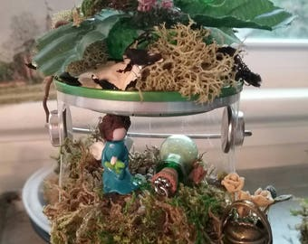 Miniature fairy and young maiden settings