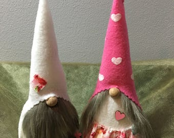 Valentines Gnome Couple