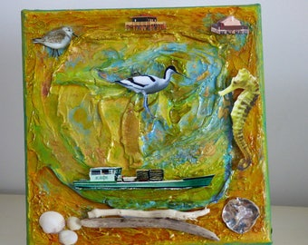 painting acrylic mix media 3D sailor. Gold and green tones.