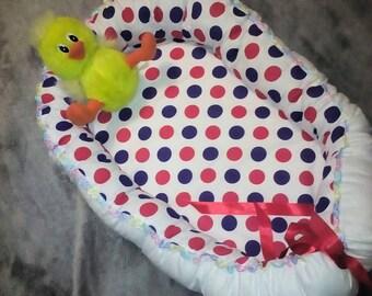 1  Cocoon (nest) for newborn. gift. child. cotton. kid. dad. Mother. peas. Babynest to order.