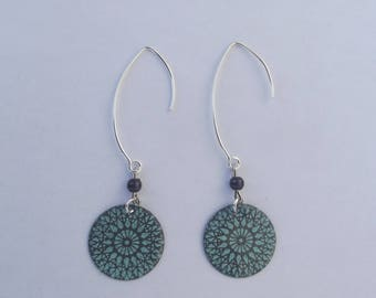 Dangling earrings with large hooks in silver with grey pearls and sequins sunshine gray and turquoise