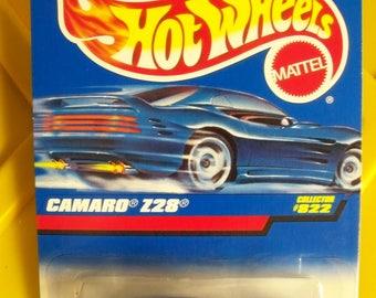 1997 Hot Wheels Classic** Camaro Z28** Collector #822 Mattel #15777