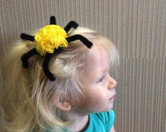 Halloween Hair Clips, Spider Hair Bow, Black hair clip, Spider Barrette, Spider Cosplay, Spider Costume, Arachnid Costume, Spooky Hair Clip