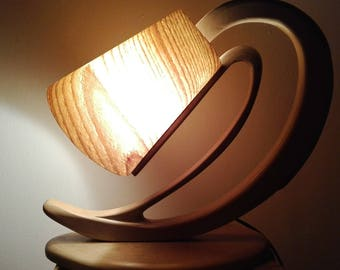 Wooden lamp with natural veneer of wood screen from there. Model districts