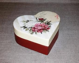 Wooden box,wooden box heart,jewelry box, heart,beige jewelry box,burgundy jewelry box,wooden jewelry box,wooden box for woman,box for girl