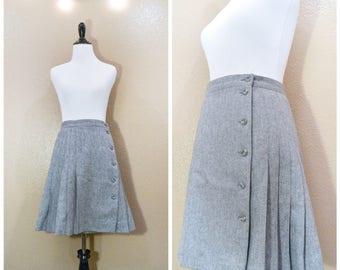 70's Liz Claiborne Skirt, Vintage wool skirt, 70's skirt, Mini skirt, Wool skirt, Pleated Skirt, Vintage clothing, Skirt, Clothing