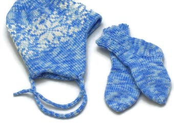 Baby set Baby hat and Socks blue, Hat with snow flackes ornament knitted. Pure MERINO WOOL Babymütze und socken Bonnet chaussettes bébé