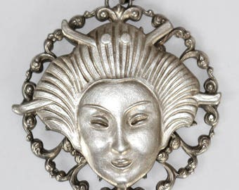 Geisha silver-plated pendant