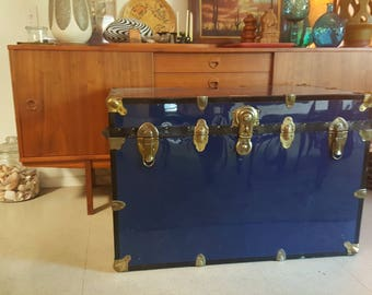 Steamer Trunk Storage Chest // Anchor Trunks // 3 ft wide x 2 ft tall // Footstool Coffee Table boho // local pickup SACRAMENTO