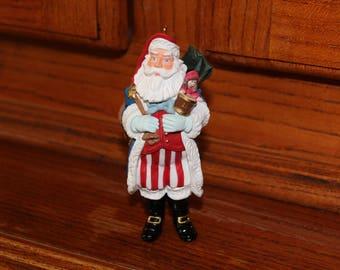 Hallmark Keepsake Ornament Merry Olde Santa Collector's Series 1996