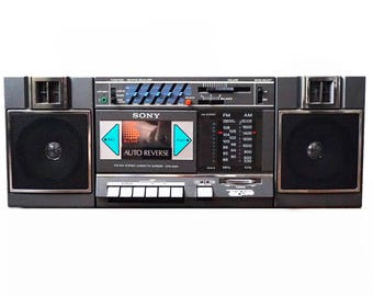 80s BoomBox Vintage Sony AM FM Radio / Cassette Player 1986 w/ Detachable Speakers