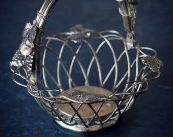 Godinger Silver Weave Basket with Grape and vine design