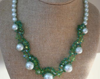 Hand Beaded Green Pearl and Crystal necklace