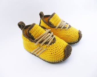 Crochet baby shoes Baby sneakers Baby booties 0-3 months, Baby shoes handmade, Baby gift, Sneakers shoes, Newborn baby shoes