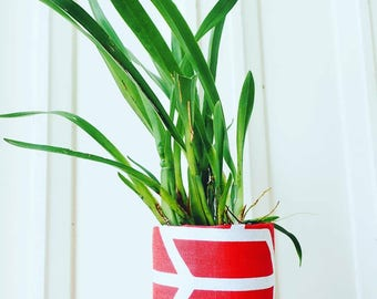 Fabric Plant Pot | Storage Basket | Home Decor | Red Trapeze Print Planter | Gift | Fabric Basket | Storage Container | Small