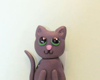 Grey cat magnet