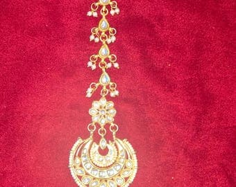 Kundan double chaand tikka with small pearls