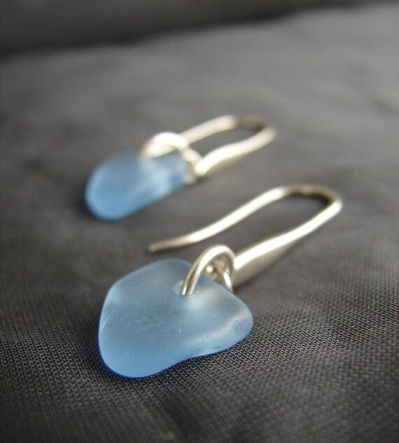 Horizon sea glass earrings in cornflower blue