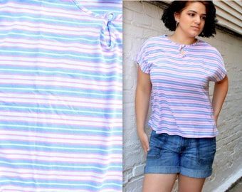 1970's Sporty Knit Striped Blouse in Pink and Blue, Size Large or XL . Plus Size Boat Sleeve Top . Peekaboo Collar Button . Sky Rose Pale