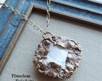 Water Lilies, Antique Mother of Pearl Button Necklace - Ivory