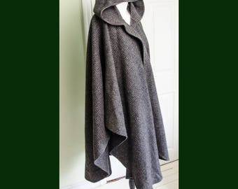 Vintage 1980's Wool Woven Hooded Wrap Cape