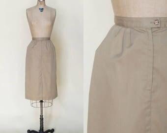 Vintage Khaki Skirt --- 1970s Knee Length Skirt