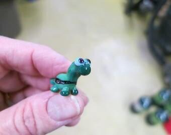 Dinobeadie for Diabetes - green long neck lampwork glass dinosaur bead