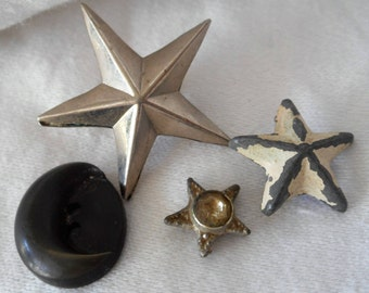 Lot of 4 VINTAGE Stars Crescent Moon Metal & Plastic Sewing BUTTONS