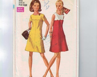 1960s Vintage Sewing Pattern Simplicity 8138 Misses A Line Mod Dress with Scalloped Yoke Pockets Sleeveless Size 8 Bust 31 1/2 1968 60s