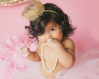 Gold Lace Crown, First Birthday Outfit Girl Crown, Newborn Photo Prop, 1st Birthday Outfit Girl Crown, Baby Girl Crown, Baby Headband Crown