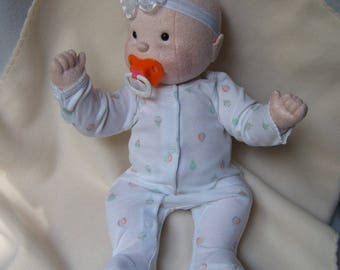 Baby doll, cloth doll, rag doll, cloth baby doll, soft sculpture doll, waldorf inspired, soft baby doll, doll w / 3 outfits and sweater, hat