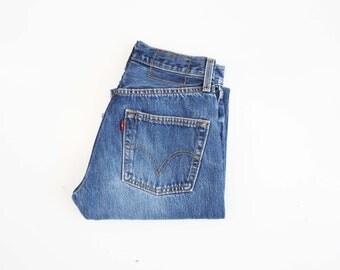 27 X 32: UNISEX Vintage Medium-Dark Wash High Waist LEVI Denim Jeans
