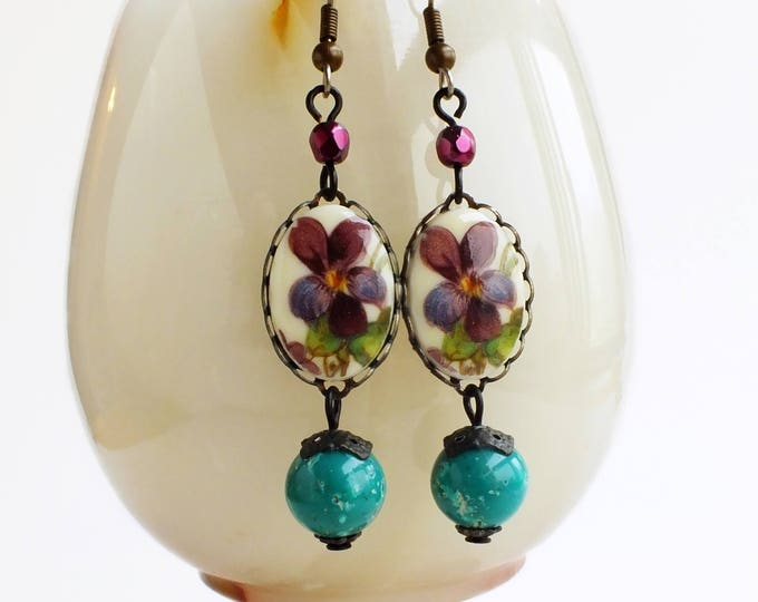 Violet Cameo Earrings Pansy Jewelry Vintage Floral Cabochon Dangles Green Purple Flower Earrings Victorian Jewelry